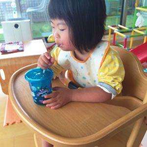 ダウン症児の成長日記 アンパンマンストローカップ