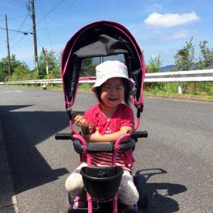 ダウン症児の成長日記 三輪車