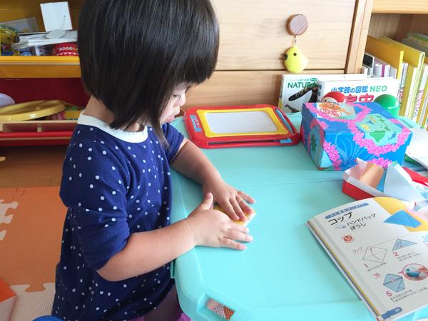 ダウン症児の成長日記 折り紙