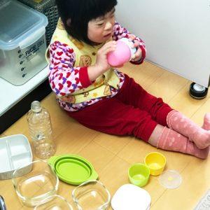 ダウン症児の成長日記 台所