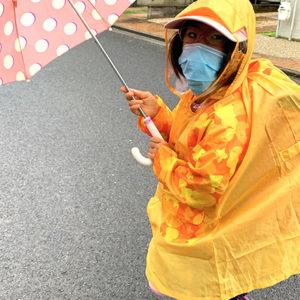 ダウン症児の成長日記 雨の日の登校