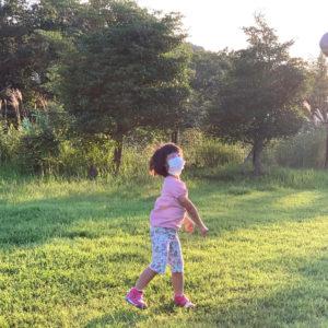 ダウン症児の成長日記 ボール投げ